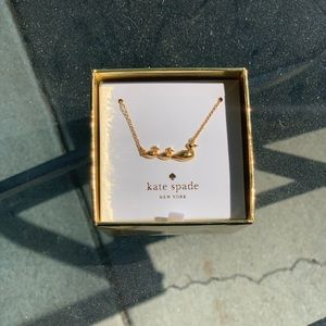 Kate Spade Mom Knows Best Duckling necklace!